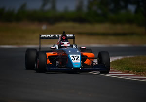 PRESLEY MARTONO ON POLE POSITION FOR MRF CHALLENGE SEASON FINALE IN CHENNAI